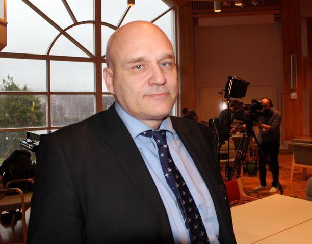 Kaupunginjohtaja Matti Tuononen on äreissään siitä, ettei Äänekosken edustajat päässeet mukaan vesikriisiä käsittelevään työryhmään.