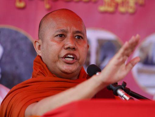 Wirathu piti puheen Yangonissa elokuun 30. päivä siitä huolimatta, että hänelle oli annettu vuoden saarnauskielto.