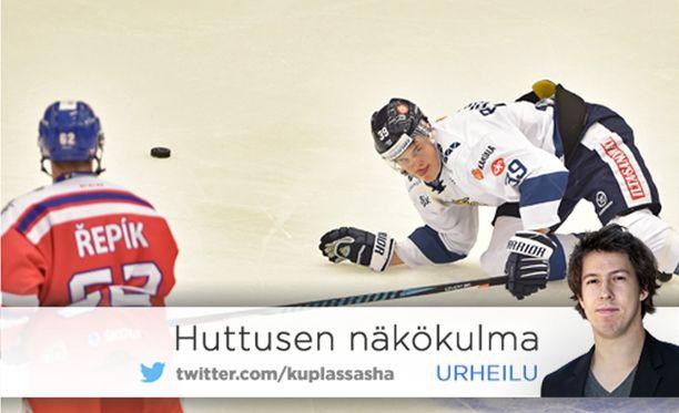 Jesse Puljujärvi kompuroi Ceske Budejovicessa.