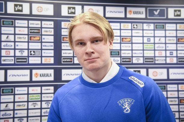 Kaapo Kakon odotetaan olevan Suomen johtavia pelaajia tapaninpäivänä Kanadassa alkavissa nuorten MM-kisoissa.