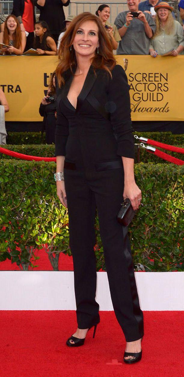 The Normal Heart -tv-elokuvan tähti Julia Roberts oli ehdolla parhaaksi naisnäyttelijäksi tv-elokuvien ja minisarjojen kategoriassa.