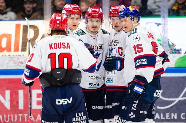 HIFK johtaa Ilvestä 2-1.