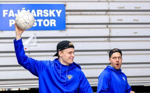 Näkökulma: Kiitos NHL-miehet, että jäitte kotiin!