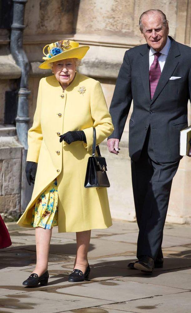 Myös kuningattaren aviomies, 95 vuotta kesällä täyttävä prinssi Philip osallistuu juhlallisuuksiin.