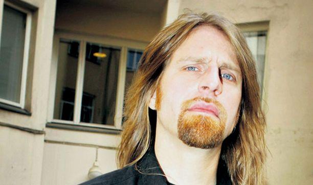 GRRR. Jone Nikulan kirvesfilosofiaa kuullaan myös tulevalla Idols-kaudella.