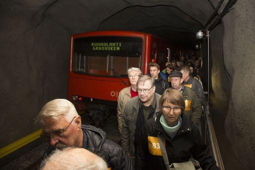 Satakunta siviiliä oli myös pelastusharjoituksessa metrossa loukussa.