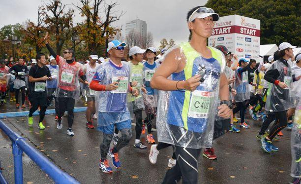 Kuva on Kanazawan maratonilta, mutta Viktor Ugarov ei ole kuvassa.
