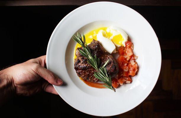 Ketodieetillä suuren osan ruokavaliosta muodostavat rasvaiset lihat ja kalat.