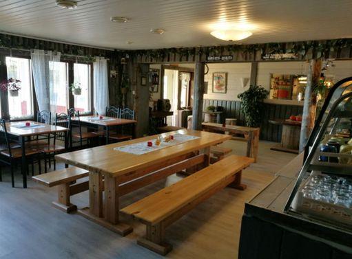 Sevettijärven baari avattiin uudestaan viime lauantaina.
