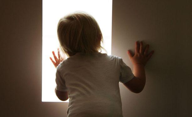 XLPDR herkistää auringonvalolle niin, että se voi aiheuttaa pahoja kipuja. Kuvituskuva.