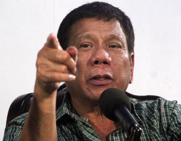 Duterte on aiemmin ilmoittanut, että poliisille annetaan valtuudet ampua huumerikollisia, jos nämä vastustavat pidätystä. Hän aikoo myös palauttaa kuolemantuomion.