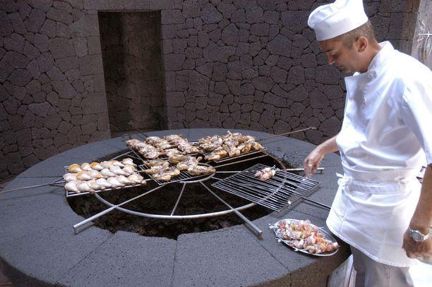 Tähän grilliin ei tarvitse hiiliä lisätä.