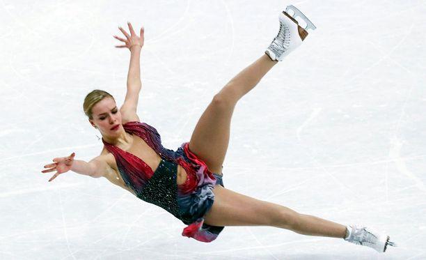 Anna Pogorilaja horjahti vapaaohjelmassaan.