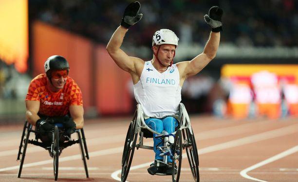 Leo-Pekka Tähti kilpailee tällä kaudella myös itselleen vieraammalla 800 metrin matkalla.