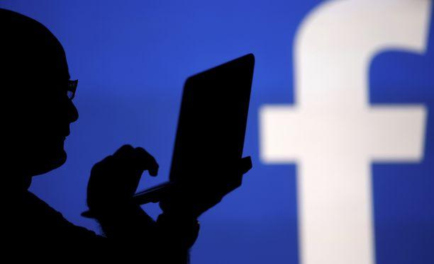 Facebook Yksityisviestit