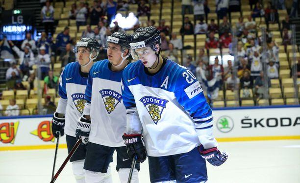 Leijonat murskasi Latvian Sebastian Ahon johdolla.