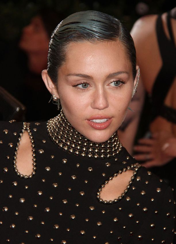 Miley Cyrus ei mahdu perinteisiin muotteihin.