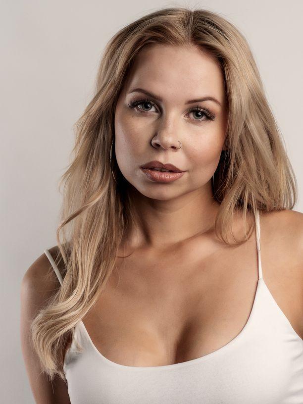 Nina Savolainen