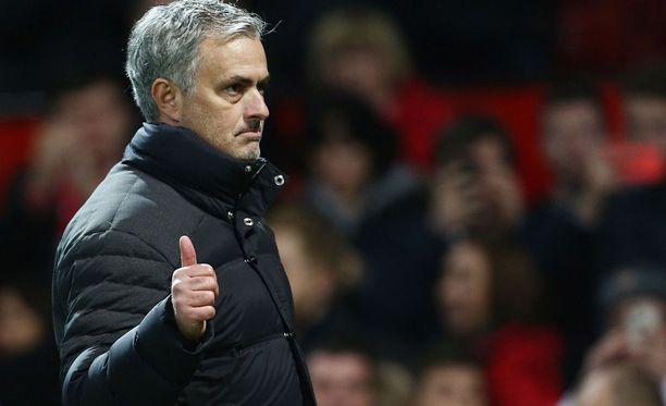 José Mourinho järjesti hauskan show'n lehdistötilaisuudessa.