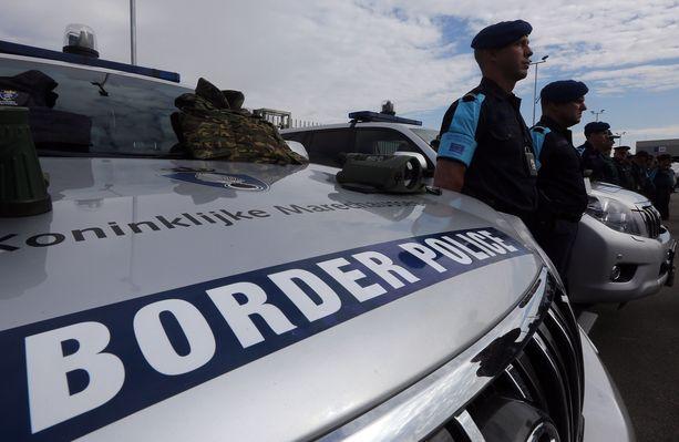 Frontexin rajavartijoita Bulgarian ja Turkin välisellä rajalla. Arkistokuva lokakuulta 2016.