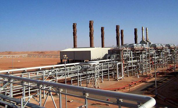 Islamistit pitivät panttivankeja kaasulaitoksessa Koillis-Algeriassa.