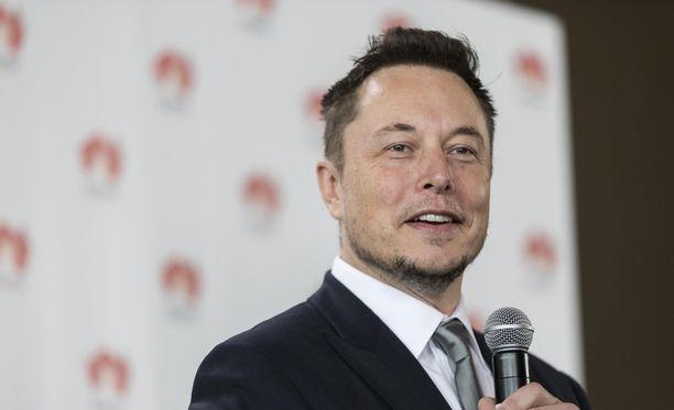 Elon Musk lupasi rakentaa akkufarmin alle 100 päivässä tai antaa sen ilmaiseksi. Musk on yksi maailman rikkaimpia ihmisiä.