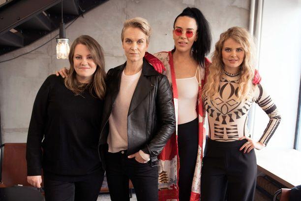 Iholla-sarjan neljännellä kaudella seurataan Laura Frimanin, Kristiina Komulaisen, Sini Sabotagen, Erika Vikmanin, sekä kuvasta puuttuvan Kristiina Nisulan elämää.