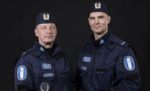 Mikko Rytkönen ja Rene Luotonen vastaavat illan jakson yövuorosta.