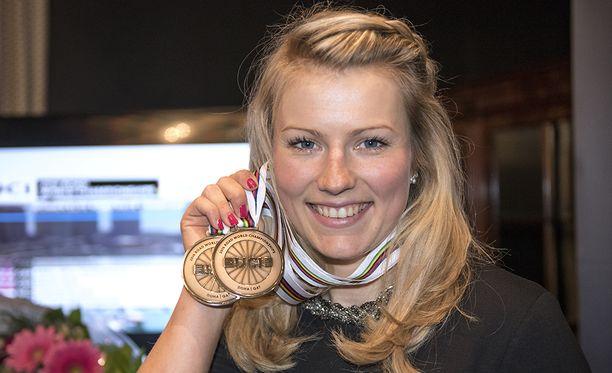 Huippupyöräilijä Lotta Lepistö sai opetus- ja kulttuuriministeriöltä täyden 20 000 euron urheilija-apurahan.