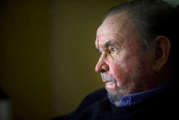 Paavo M. Petäjä epäilee vuosikymmenten hiihtokokemuksella, että norjalaisten menestys ei ole syntynyt pelkällä kaurapuurolla.