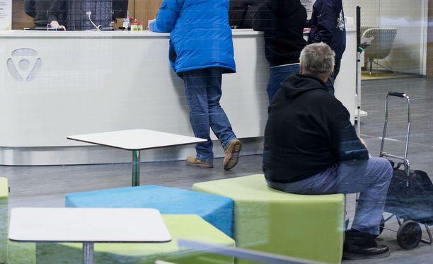 Uudenmaan TE-toimiston palveluihin on ollut kova kysyntä. Kuva Uudenmaan TE-toimistosta vuonna 2014.