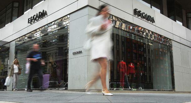 Escadan ylellinen myymälä Berliinissä.