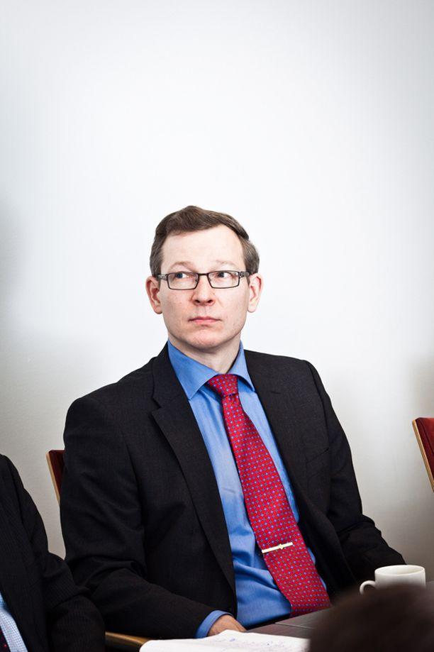 Satamaoperaattorit ry:n toimitusjohtaja Juha Mutru muistuttaa, että lakot nakertavat yritysten luotettavuutta.