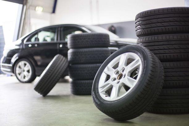 Kaikki renkaat ovat mustia ja pyöreitä, mutta saako halvalla hyvää rengasta?