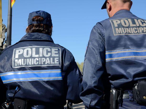 Ranskan poliisi tutkii tapausta tappona.