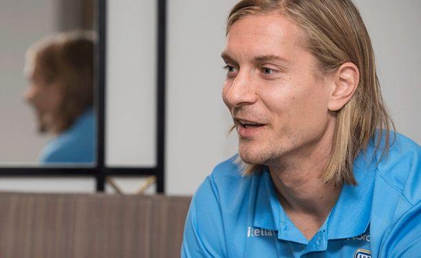 Markus Halsti vahvistaa maajoukkuetta Budapestissa.