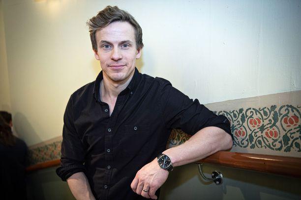 Konsta Hietanen on nykyään viiden lapsen isä ja Salkkarit-näyttelijä.