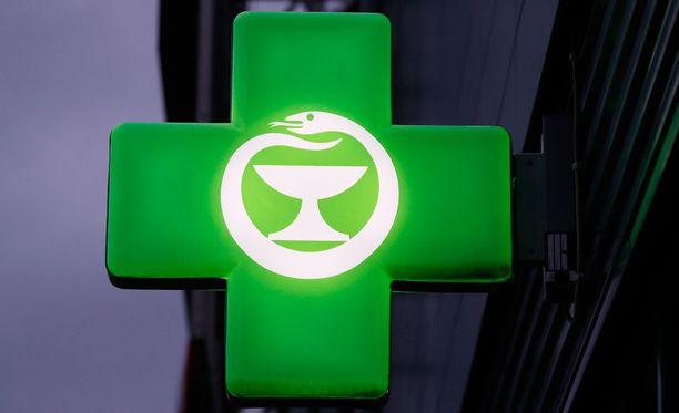 Lääkkeiden hinnat ovat kaikissa apteekeissa samat, mutta esimerkiksi sidetarpeita apteekit saavat hinnoitella vapaasti.