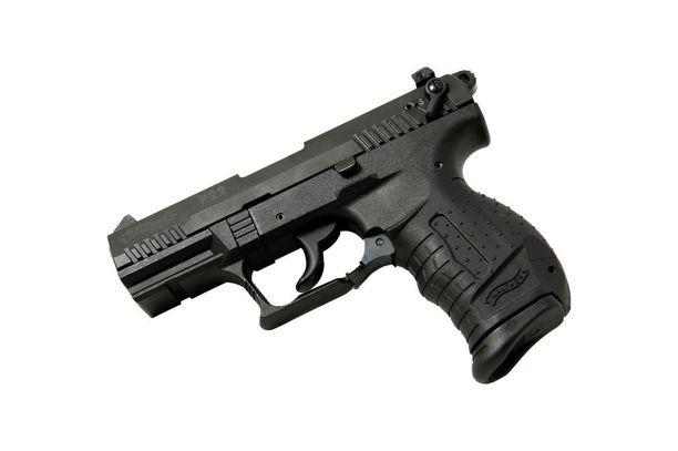 Tomi Hynnisen ase oli .22 kaliberinen pistooli. Kuvassa on Walther-puoliautomaattipistooli, joka on samaa kokoa.