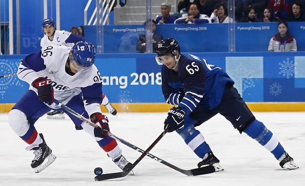 Suomi ja Etelä-Korea taistelevat miesten jääkiekon puolivälieräpaikasta.