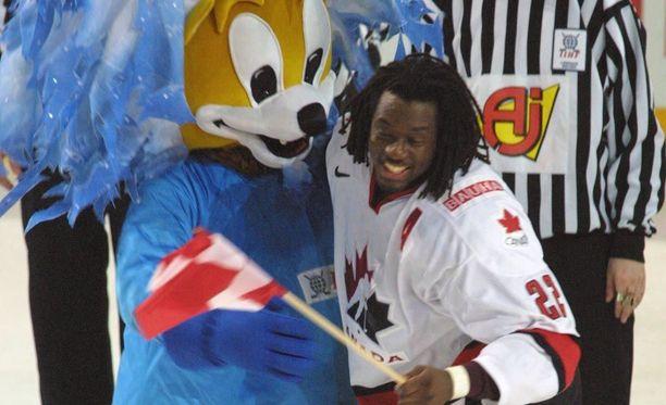 Anson Carter voitti kaksi MM-kultaa, joista jälkimmäisen Helsingissä vuonna 2003.