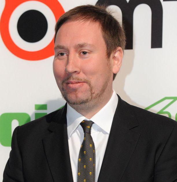 Ministeri Paavo Arhinmäki jakoi Yleisö-Jussin, jonka sai Salkkarit-elokuva Nightmare – painajainen merellä.