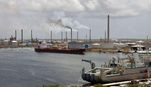 Vihreistä puheistaan huolimatta maailman öljy-yhtiöt laajentavat tuotantoaan ennätysluvuin.