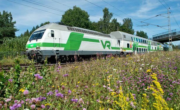 Junaliikenteen ja rataverkon uudistamiseen liittyvät budjettialoitteet ovat usein euromääräisesti suurimpia.
