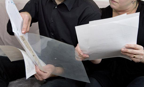 Lausuntokierroksella nousi esiin huoli siitä, että aktiivimallin laajennus voi lisätä byrokratiaa.