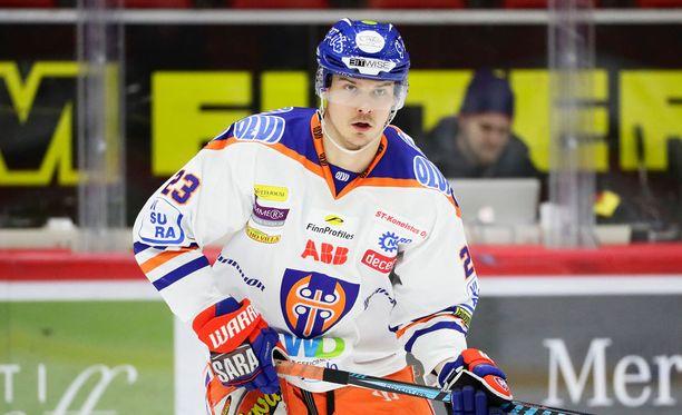 Aleksi Elorinne myönsi, että playoff-avauksesta puuttui tunnetta Tapparan osalta.