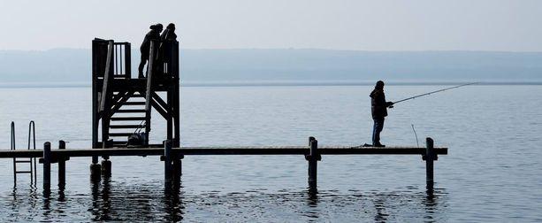 Onkija yllätti uimarin perinpohjin Saksassa. Kuvituskuva.