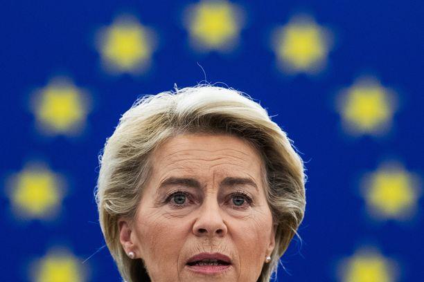 EU-komission puheenjohtaja Ursula von der Leyen saapuu maanantaina Suomeen esittelemään komission arvion Suomen elpymissuunnitelmasta.