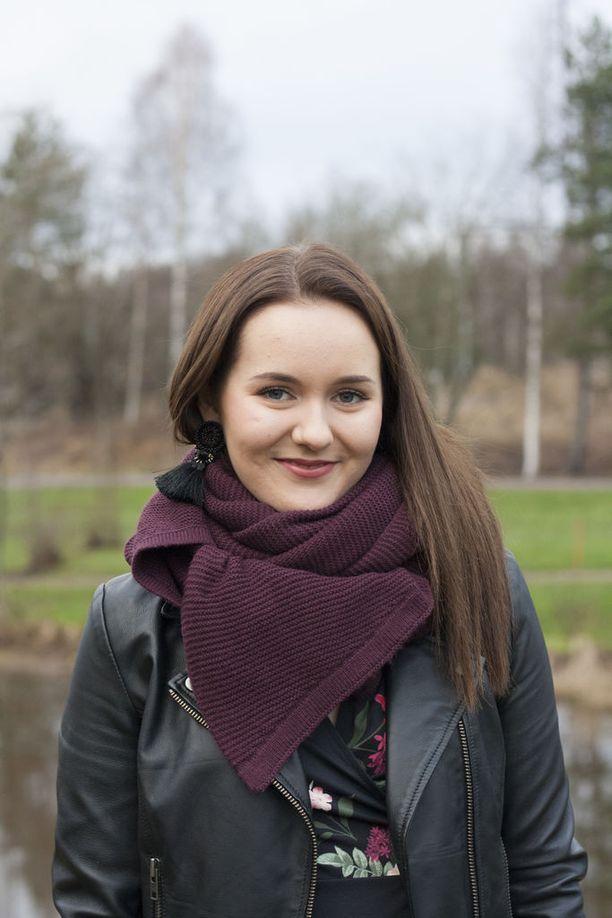 Tangokuningatar Aino Niemi kruunattiin tangokuningattareksi ensimmäisellä yrityksellä.