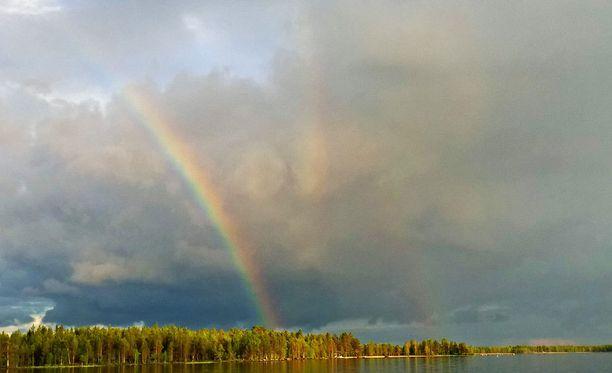 Sauli Särkän mukaan hän näki vaimonsa kanssa hetkellisesti jopa neljä sateenkaarta.